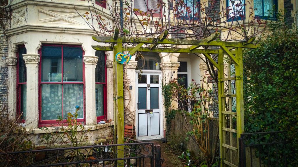 cardiff airbnb