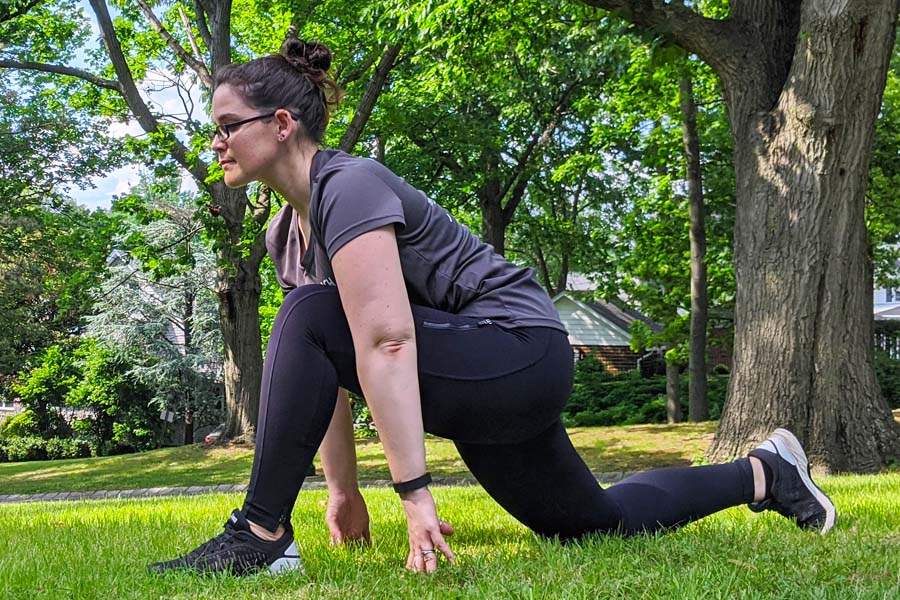 stretches for runners lunge stretch run with amber