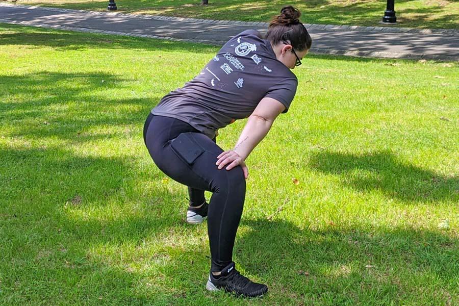 Sumo Squat Back Stretch shoulder dip